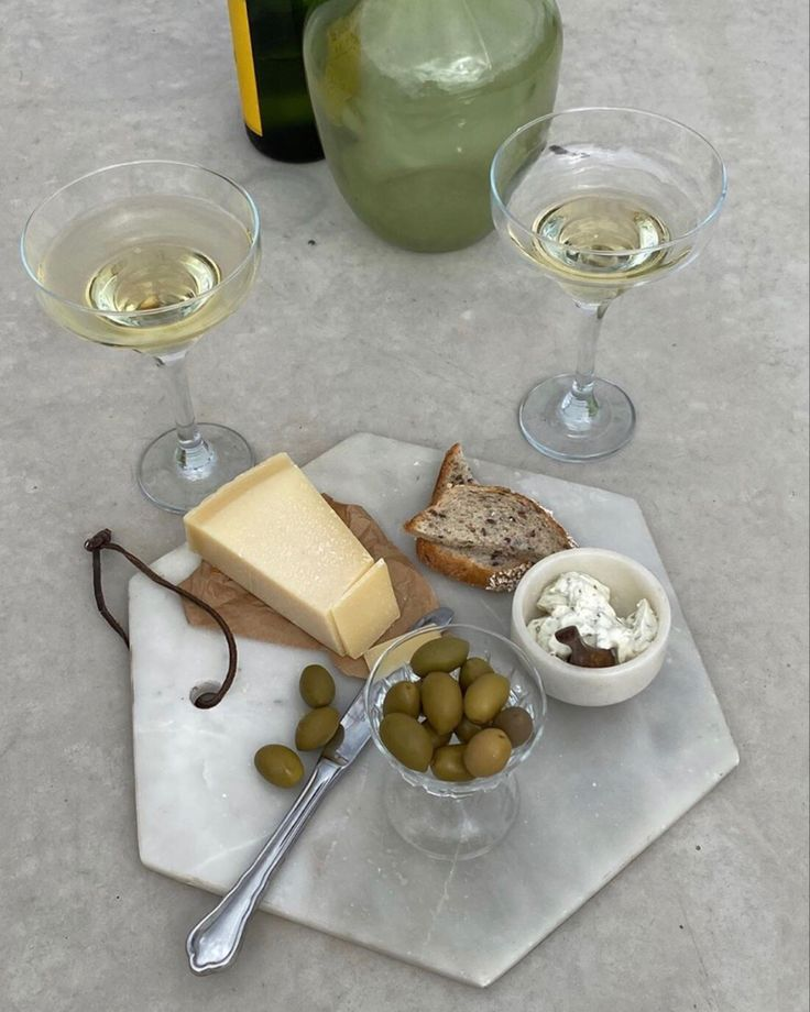 Witte wijnen en borrel
